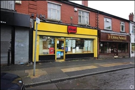 1,006 SF High Street Shop for Rent | 478 Bury Old Road, Manchester, M25 1NL