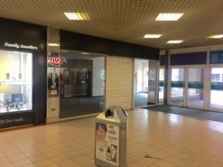 881 SF Shopping Centre Unit for Rent  |  Unit 38D The Swan Centre, Eastleigh, SO50 5SF