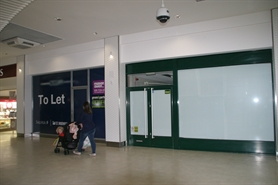 890 SF Shopping Centre Unit for Rent  |  Unit 22, Kingsmead Shopping Centre, Farnborough, GU14 7SL