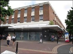 1,354 SF High Street Shop for Rent  |  30 Allhallows, Bedford, MK40 1LN
