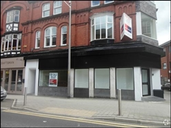 454 SF High Street Shop for Rent  |  43 Stamford New Road, Altrincham, WA14 1EB