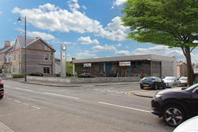 5,000 SF High Street Shop for Rent  |  58 Windsor Road (Former Monty Smith garage), Penarth, CF64 1JJ
