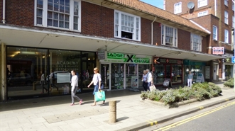 508 SF High Street Shop for Rent  |  36 Fretherne Road, Welwyn Garden City, AL8 6NU