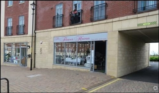 866 SF Out of Town Shop for Rent  |  Unit 8, Westoe Crown Village, South Shields, NE33 3DZ