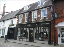 2,608 SF High Street Shop for Sale  |  9 Sun Street, Hitchin, SG5 1AE