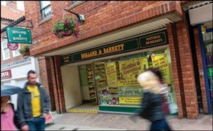 596 SF Shopping Centre Unit for Rent  |  Unit 1, St Marks Place Shopping Centre, Newark On Trent, NG24 1XT