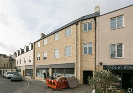 933 SF High Street Shop for Rent  |  Unit 4, Cirencester, GL7 1JA