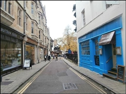 604 SF High Street Shop for Rent  |  1 Ship Street, Oxford, OX1 3DA