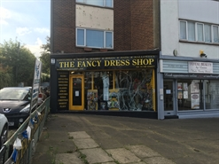 High Street Shop for Rent  |  212 High Street, Hornchurch, RM12