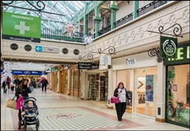 1,004 SF Shopping Centre Unit for Rent  |  The Mall, Camberley, GU15 3SJ