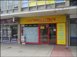 1,060 SF High Street Shop for Rent  |  7 Northgate, Dewsbury, WF13 1DS