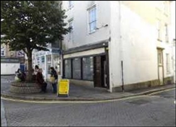 631 SF High Street Shop for Rent  |  5 Green Market, Penzance, TR18 2SG