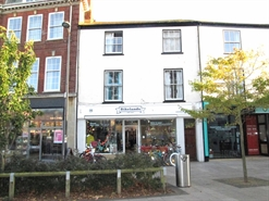 895 SF High Street Shop for Rent  |  46 The Strand, Exmouth, EX8 1AL