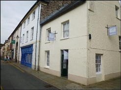 576 SF High Street Shop for Rent  |  Unit 30, Brecon, LD3 7JP