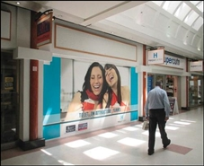 970 SF Shopping Centre Unit for Rent  |  Unit 13, Harpur Centre, Bedford, MK40 1TJ