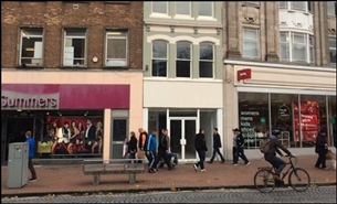 416 SF High Street Shop for Rent  |  39 Fore Street, Taunton, TA1 1HR
