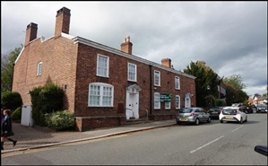 1,935 SF High Street Shop for Rent  |  32 High Street, Tarporley, CW6 0DY