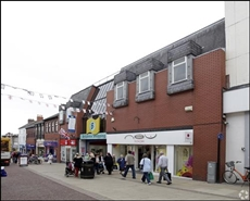 860 SF Shopping Centre Unit for Rent  |  Unit 4, The Britannia Shopping Centre, Hinckley, LE10 1RU