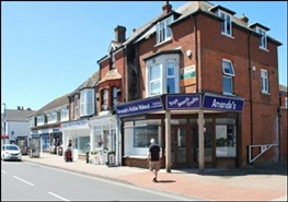 1,571 SF High Street Shop for Rent  |  126 High Street, Chichester, PO20 0QE