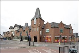 1,960 SF Shopping Centre Unit for Rent  |  Unit 15-17, Newlands Shopping Centre, Kettering, NN16 8JA