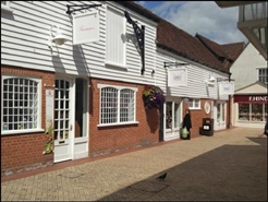 432 SF Shopping Centre Unit for Rent  |  Unit 10, George Yard Shopping Centre, Braintree, CM7 1RB