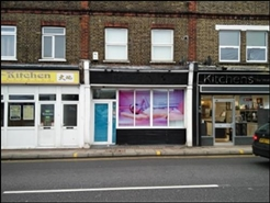 390 SF High Street Shop for Rent  |  57 Ongar Road, Brentwood, CM15 9AZ