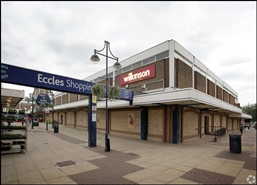 639 SF Shopping Centre Unit for Rent  |  The Mall Shopping Centre, Eccles, M30 0EB