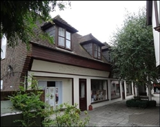 410 SF High Street Shop for Rent  |  3 Quarterjack Mews, Wimborne, BH21 1DS