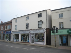 448 SF High Street Shop for Rent  |  13 The Square, Kenilworth, CV8 1EF