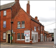 268 SF High Street Shop for Rent  |  Unit 4, Newark On Trent, NG24 1XG