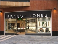 2,082 SF Shopping Centre Unit for Rent  |  Uni Su33, Cabot Circus, Bristol, BS1 3BF
