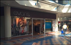 3,148 SF Shopping Centre Unit for Rent  |  UNIT 27 Octagon Shopping Centre, Burton Upon Trent, DE14 3TN