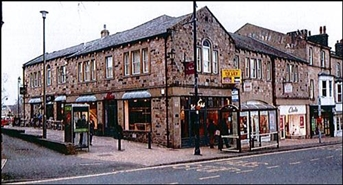680 SF High Street Shop for Rent  |  13 Brook Street, Ilkley, LS29 8AA
