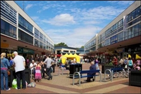 968 SF Shopping Centre Unit for Rent | 19A The Birtles, Civic Centre, Manchester, M22 5RF