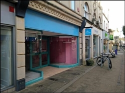 1,088 SF Shopping Centre Unit for Rent  |  Unit 38, Merrywalks Shopping Centre, Stroud, GL5 3BX