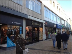 949 SF High Street Shop for Rent   38 New George Street, Plymouth, PL1 1RW