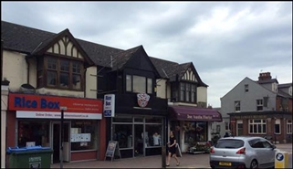 840 SF High Street Shop for Rent  |  176 Cowley Road, Oxford, OX4 1UE