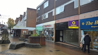 672 SF High Street Shop for Sale  |  97 Church Walk, Burgess Hill, RH15 9BQ