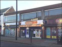 625 SF High Street Shop for Rent  |  135 Lord Street, Fleetwood, FY7 6LH