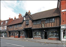1,229 SF Shopping Centre Unit for Rent  |  Lion And Lamb Courtyard Shopping Centre, Farnham, GU9 7LL