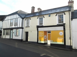 328 SF High Street Shop for Rent  |  8 Fore Street, Kingsteignton, TQ12 3AS