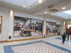 767 SF Shopping Centre Unit for Rent  |  6 Bietigheim Way, The Square, Camberley, GU15 3SL