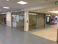 262 SF Shopping Centre Unit for Rent  |  F2, Middleton Shopping Centre, Middleton, M24 4EL