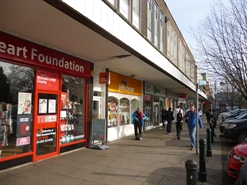 1,138 SF High Street Shop for Rent  |  33 Queensway, Crawley, RH10 1EG