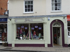 High Street Shop for Rent  |  49 High Street, Wimborne, BH21 1HS
