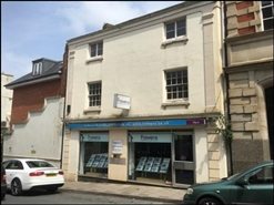 686 SF High Street Shop for Rent  |  4 Russell Street, Stroud, GL5 3AJ