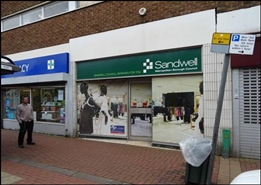 826 SF Shopping Centre Unit for Rent  |  Market Square, Cradley Heath, B64 5HA