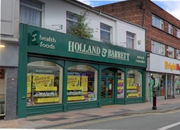1,037 SF High Street Shop for Rent  |  97-99 Princes Street, Stockport, SK1 1RW