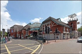 6,000 SF Shopping Centre Unit for Rent  |  The Brooks Shopping Centre, Winchester, SO23 8QY