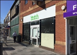 1,925 SF High Street Shop for Rent  |  Unit 4, Hemel Hempstead, HP1 1BA
